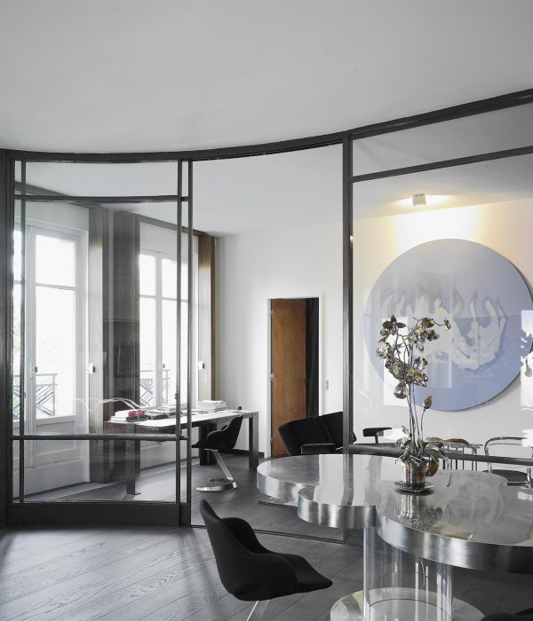 Camu_and_Morrison-A_pied_a_terre_in_Paris (8)