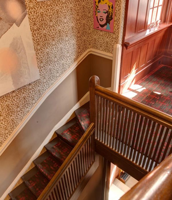 Camu_and_Morison-A_grade_2_listed_house_in_London (1)