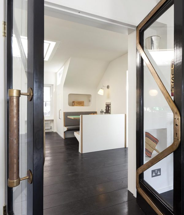 Camu_and_Morison-A_penthouse_in_nothing_hill (10)