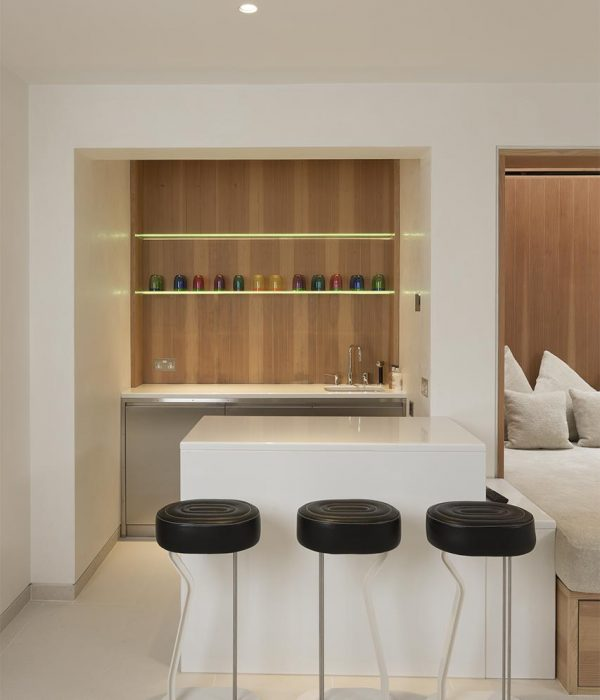 Camu_and_Morrison-A_townhouse_in_holland_park (4)