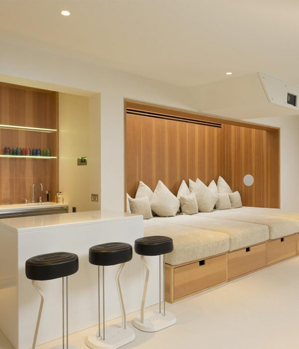 Camu_and_Morrison-A_townhouse_in_holland_park (5)